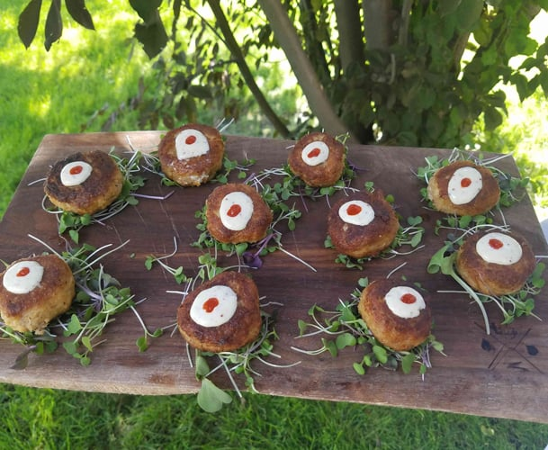 appetizers at a wedding